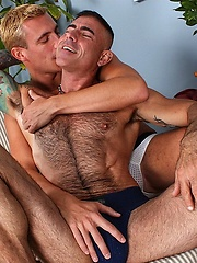 Nick Moretti fucks his younger buddy Ryan Raz