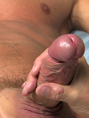 Hot hunk Slade serviced